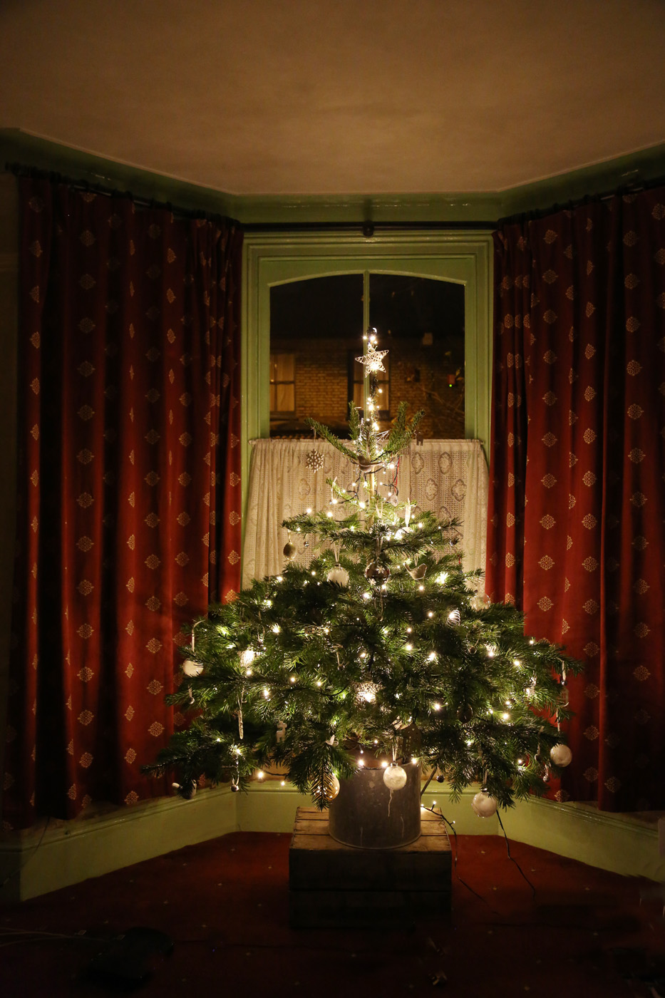 Oh Christmas tree, Oh Christmas tree…. – Door Eleven