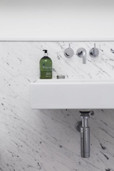 160509-BathroomBasin&Taps