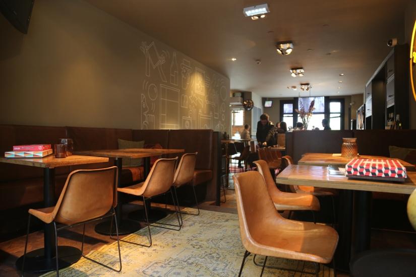 160607-MaxBrown-BarCafe