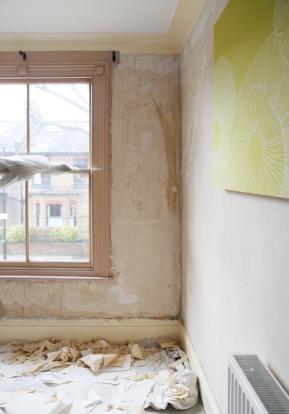170225-wallpaperstripping-masterbedroom2