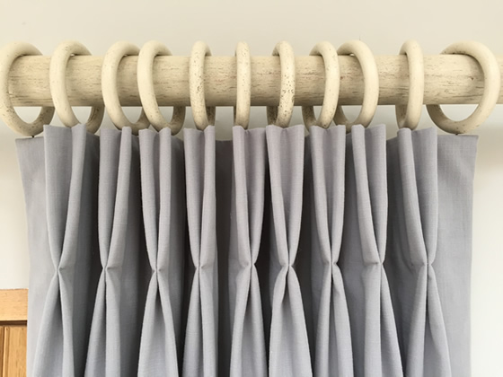 Curtains 101 Pinch Pleats Vs Pencil Pleats Door Eleven